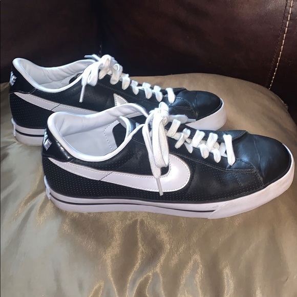 Adelantar Escarpado eficiencia  Nike Shoes   Sweet Classic Leather   Poshmark